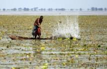 Fishermen-Ancient-Fishing-Techniques-Uganda